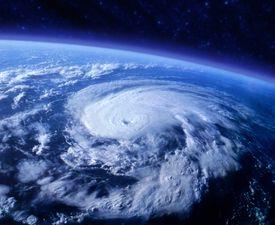 Vista de un huracán desde el espacio