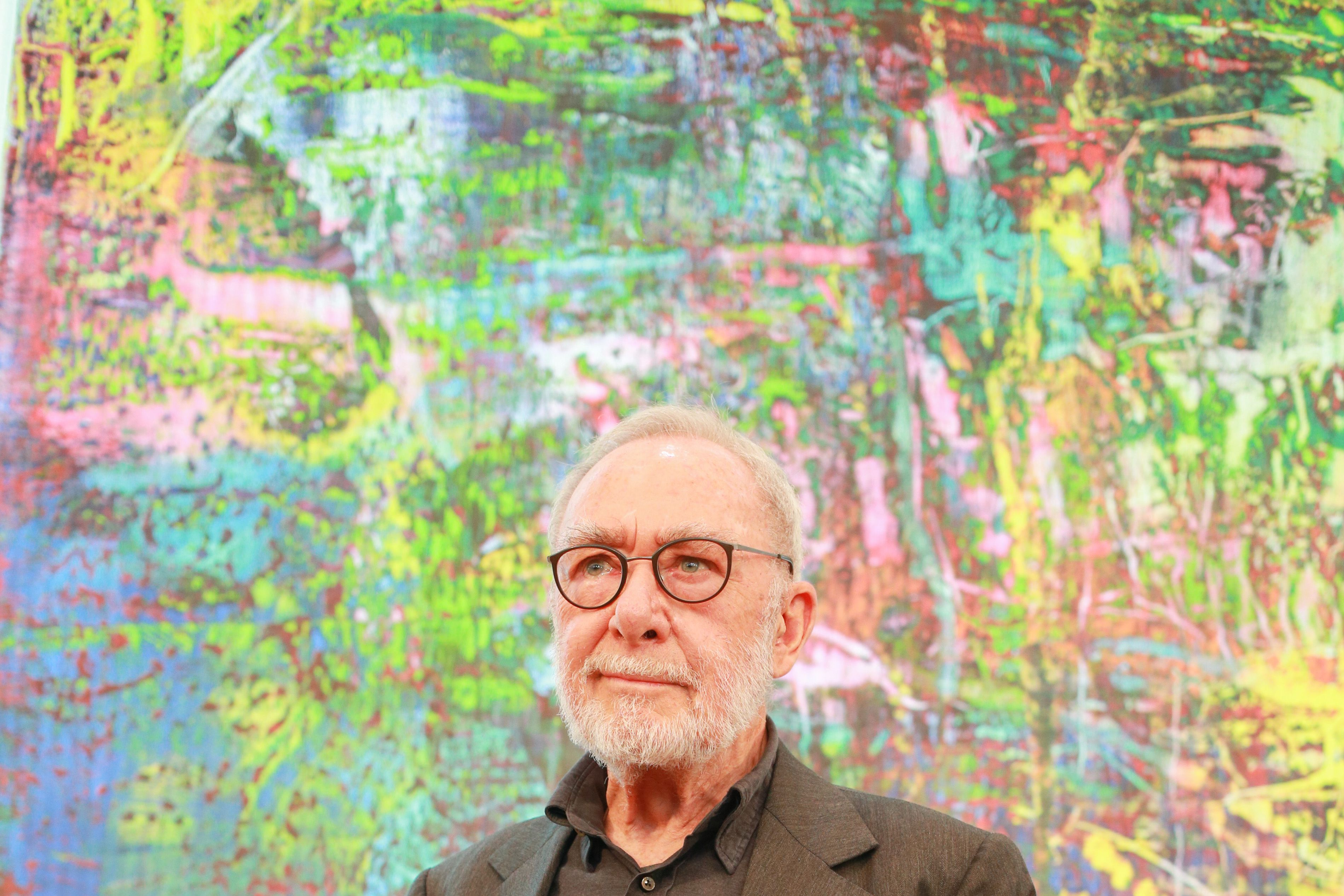 Life and Work of Gerhard Richter, Abstract and Photorealistic Artist