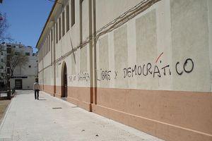 accented graffiti