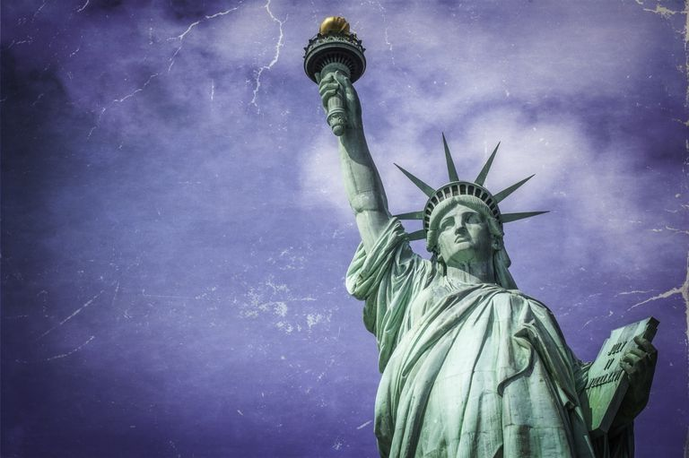 La Estatua de la Libertad como símbolo de acogida de migrantes