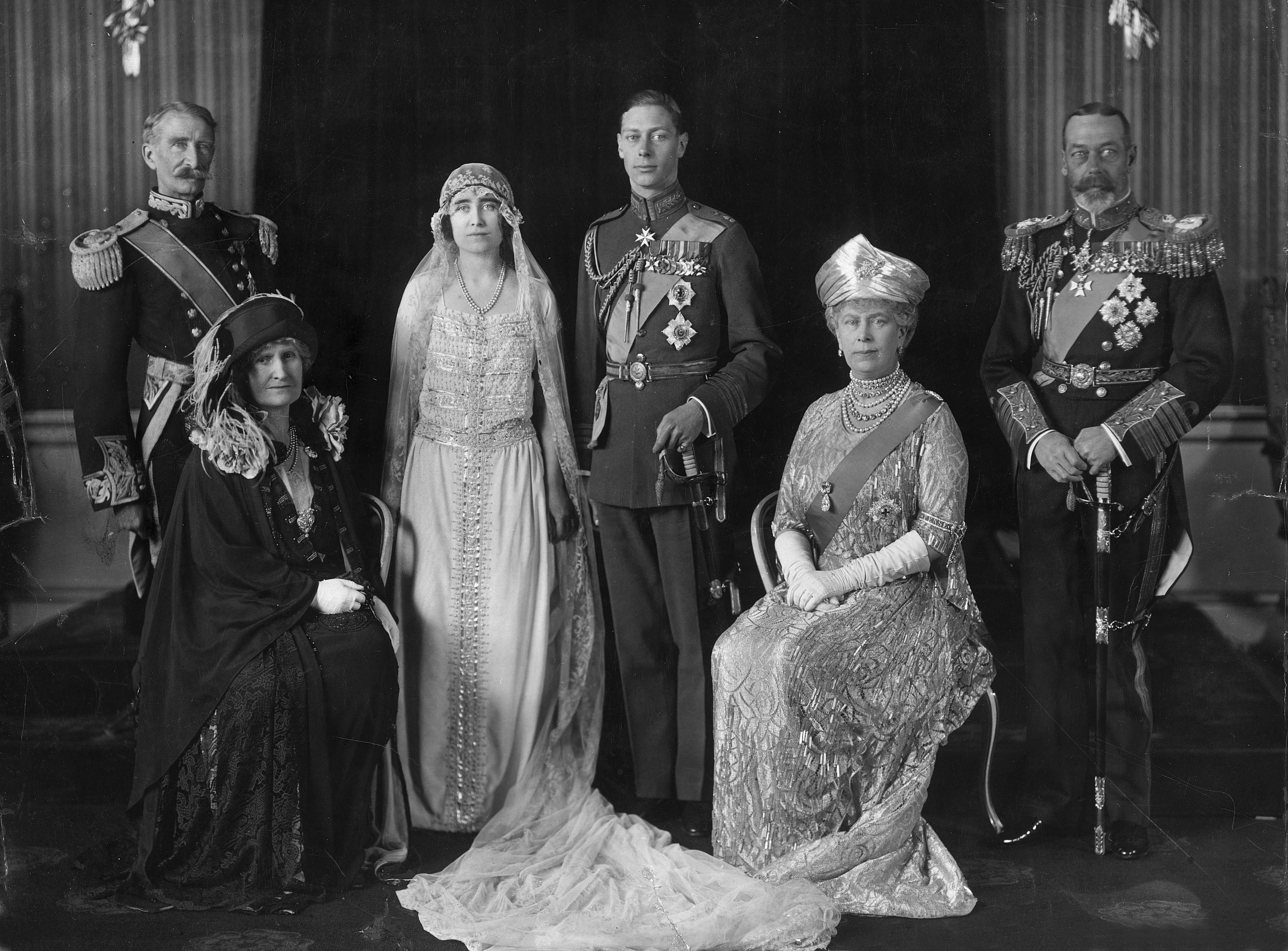 ロイヤルウェディングジョージ6世女王エリザベス