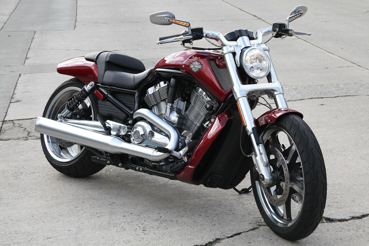 harley davidson 2009 v rod muscle review. Black Bedroom Furniture Sets. Home Design Ideas