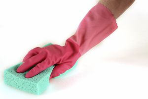Mixing bleach and vinegar may boost cleaning power, but it also releases dangerous toxic fumes.