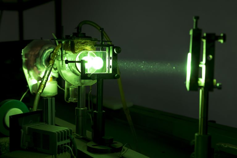 Green industrial laser