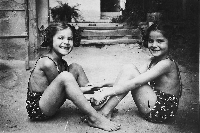 Twin sisters Yehudit and Lea Csengeri were taken to Auschwitz and injected with various pathogens.