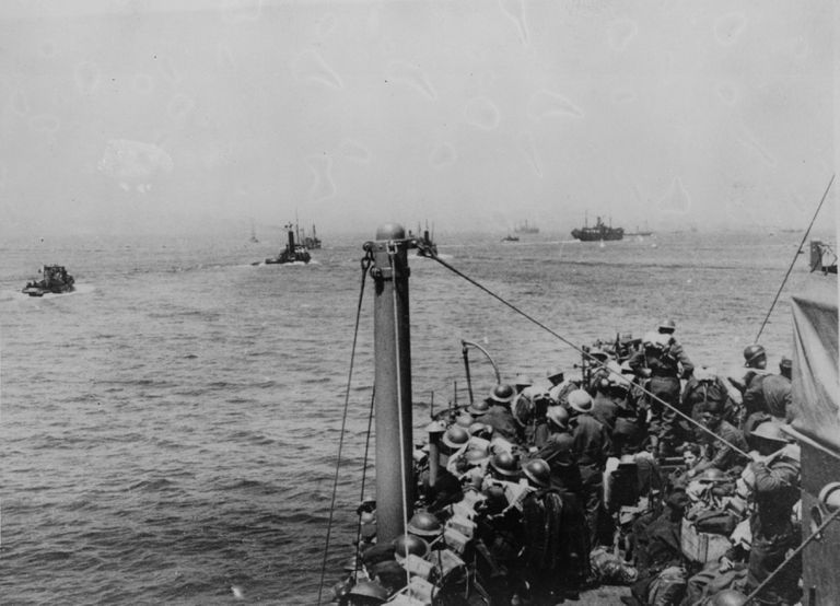 Ships carrying members of the BEF leaving Dunkirk during the evacuation of British troops
