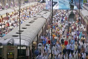 Long exposure of crowds at Churchgate Station in Mumbai, India
