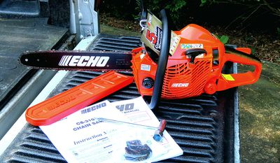 How to Pick a Blade Length for Your Chainsaw