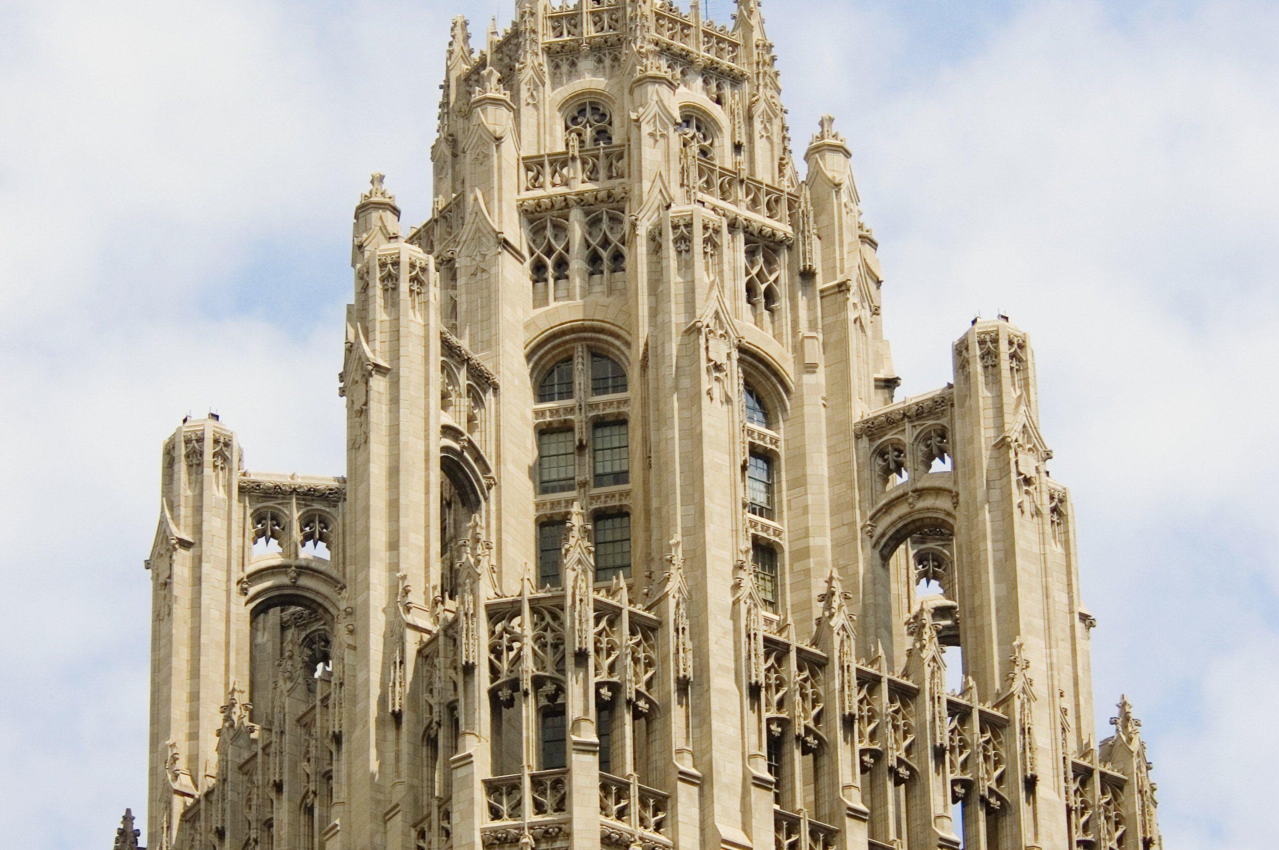 when did gothic architecture begin