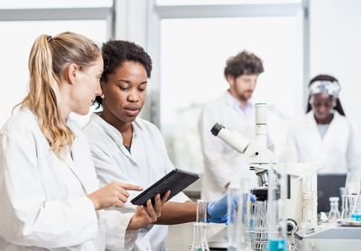 Becoming a Chemist: Years of School and Steps to Take