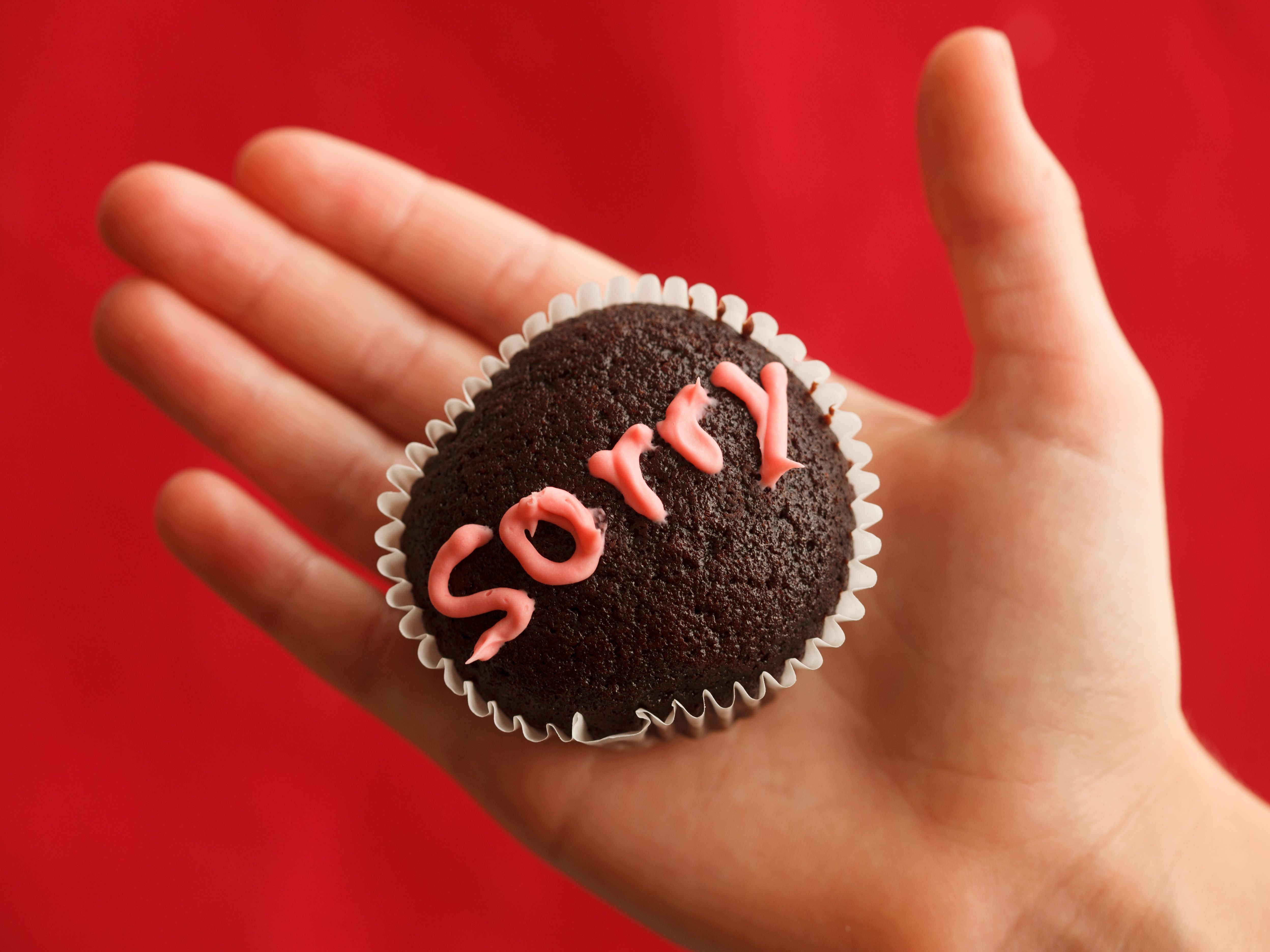 How To Apologize And Say I M Sorry In German The shorthand slang that used to be like a learned second language has become as common as everyday english. thoughtco