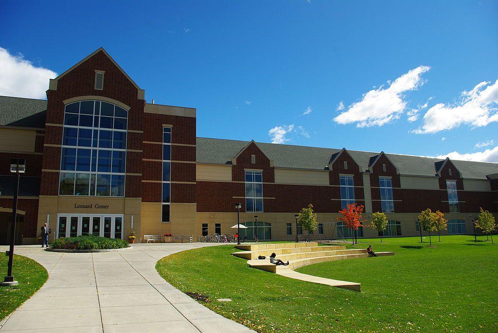 Macalester College - Leonard Center