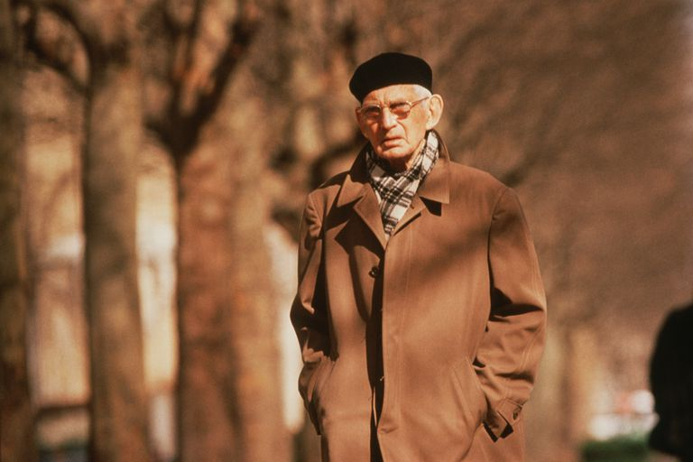Biography of Samuel Beckett, Irish Novelist, Playwright, and Poet