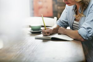 Woman studying Italian prepositions