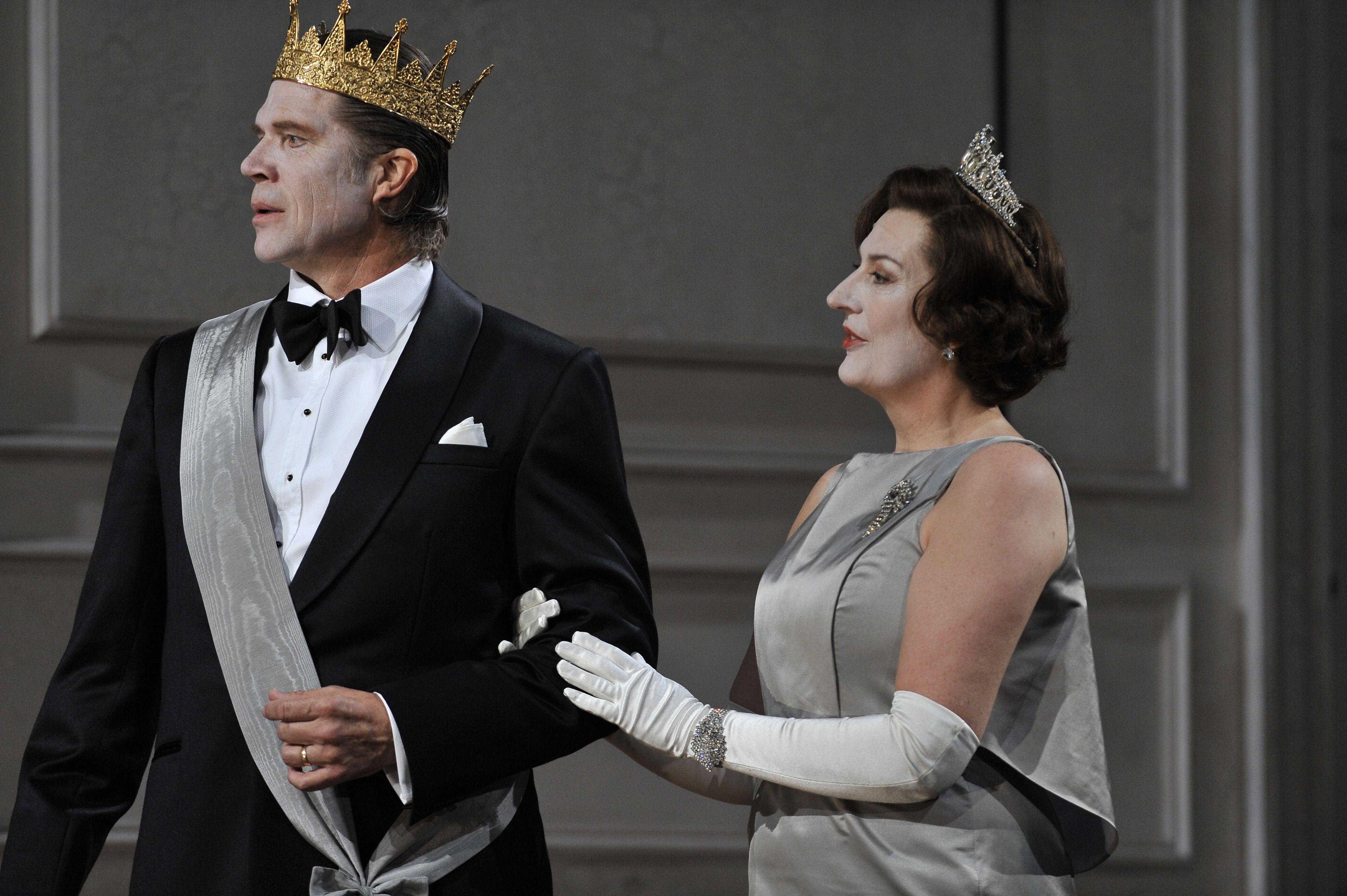 Rod Gilfry as Claudius and Sarah Connolly as Gertrude.