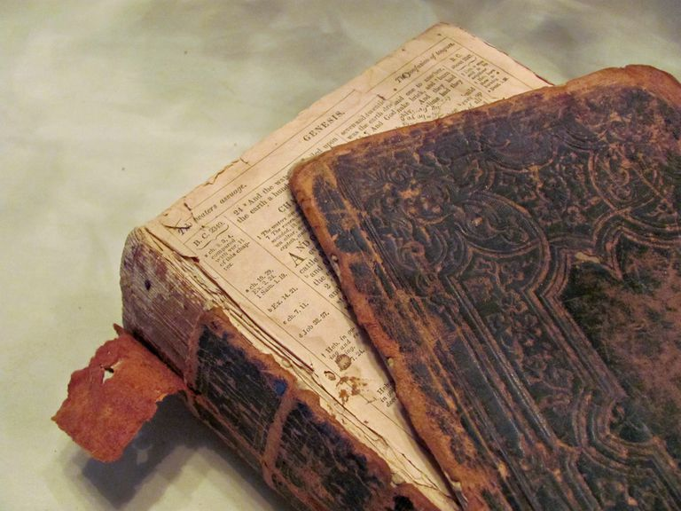 Donate Used Bibles - Old Bible
