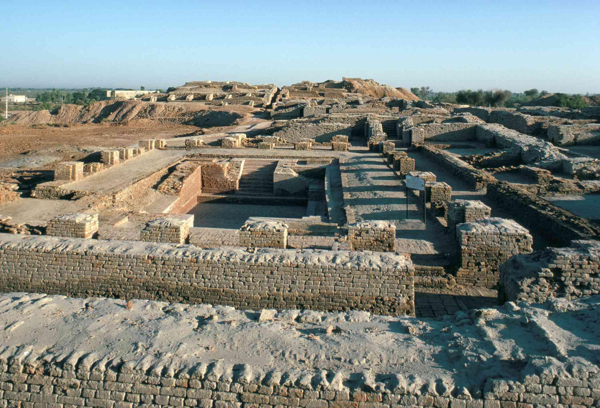 Ritual bath in the citadel, Mohenjodaro, UNESCO World Heritage Site, Indus Valley civilization