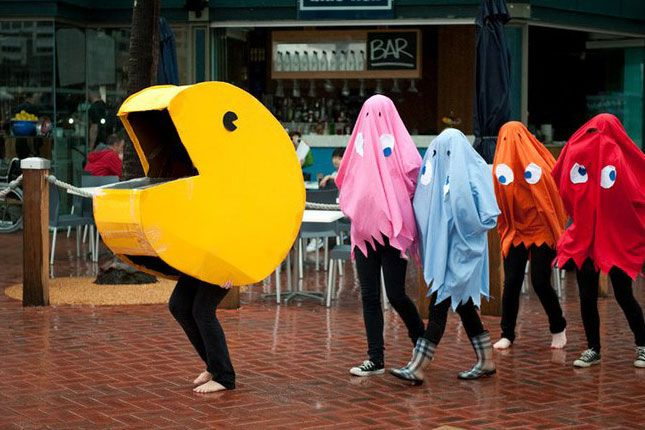 18 funny pop culture inspired halloween costumes for groups