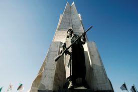 Maqam Echahid, Martyrs Memorial