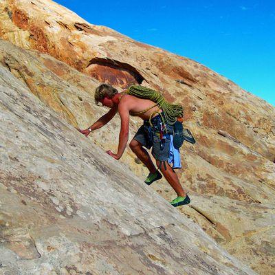 6 Basic Rock Scrambling Skills For Climbers