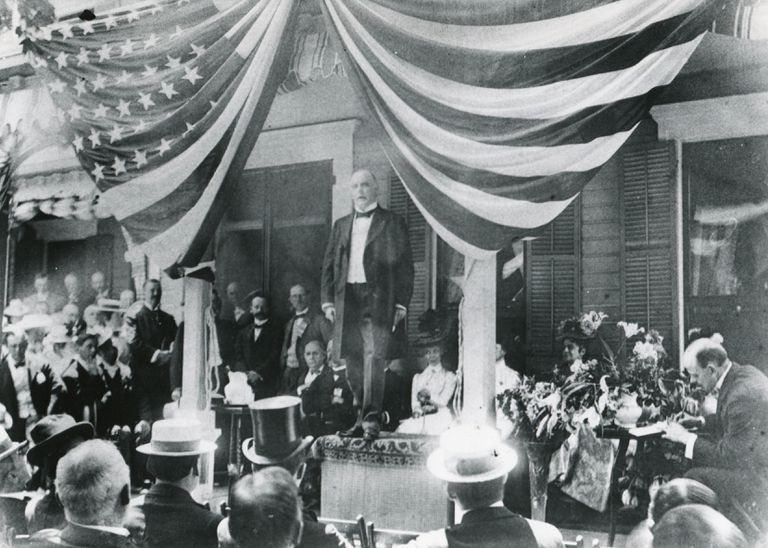 William McKinley speaking to a crowd, 1900