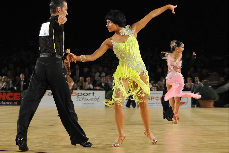 Chacha Ec Df C C B on Foxtrot Steps Ballroom Dance
