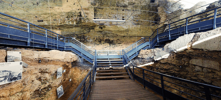 Abri Pataud - Upper Paleolithic Cave