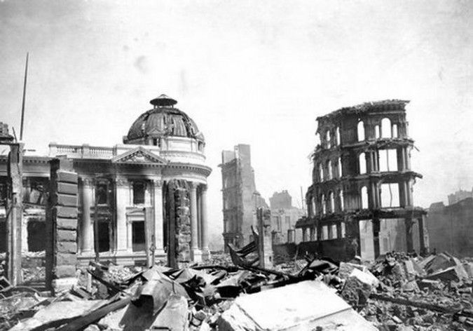 A black and white image of buildings destroyed by the Ecuador earthquake
