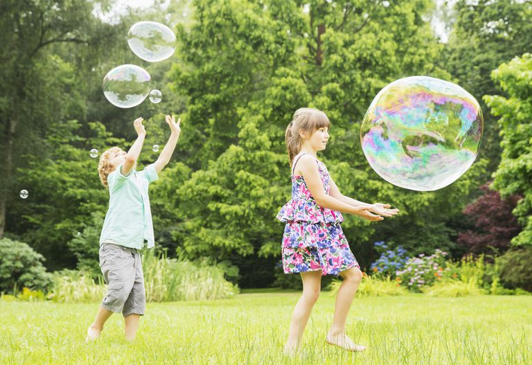 How long a giant bubble lasts depends on its chemical composition and environmental factors.