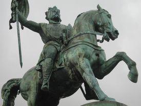 Godfrey of Bouillon equestrian statue
