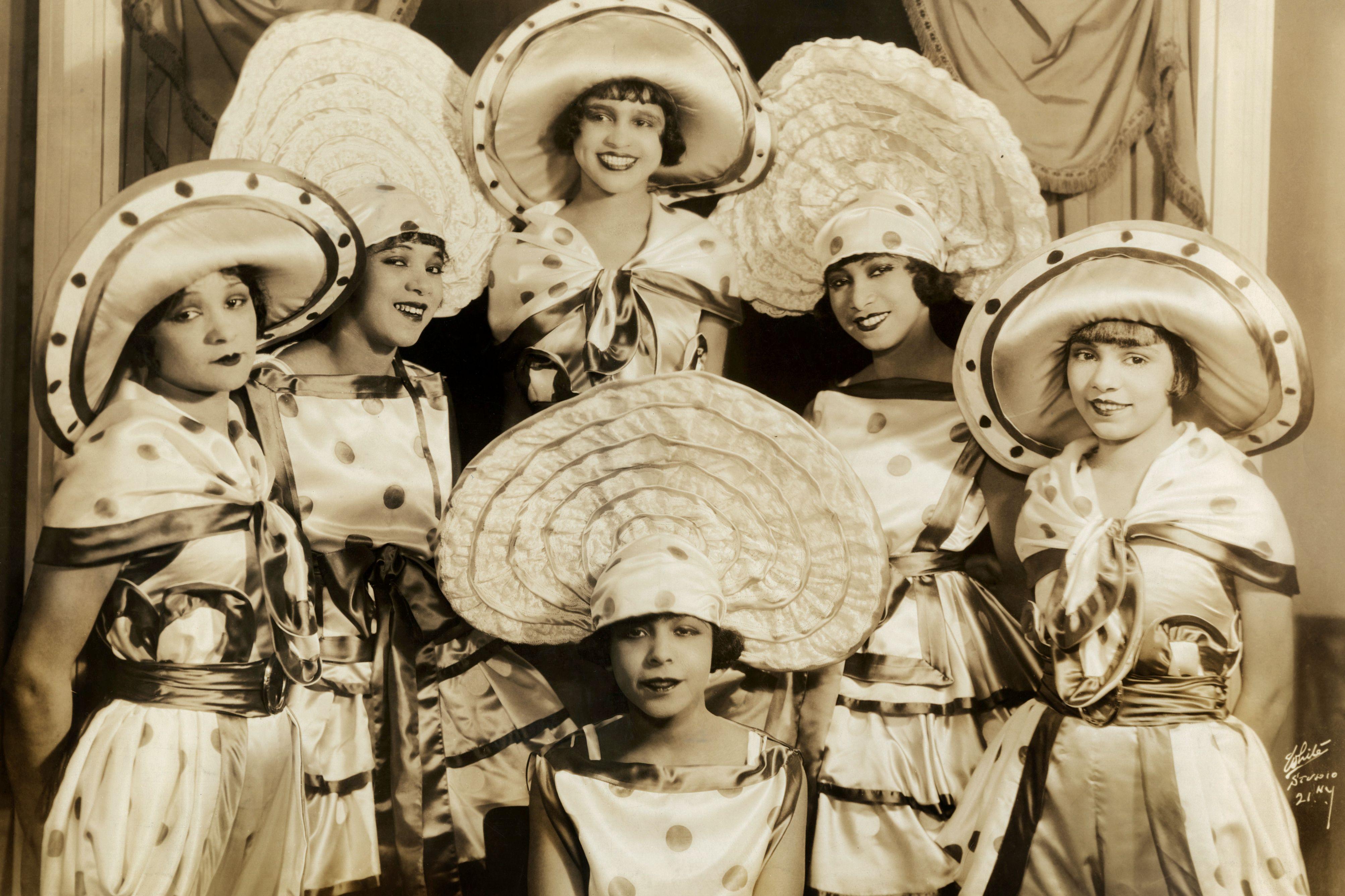 Josephine Baker and chorus girls in Broadway show Chocolate Dandies 1924