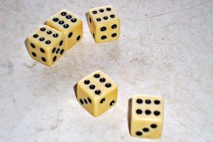 Yahtzee! 5 dice each showing 6