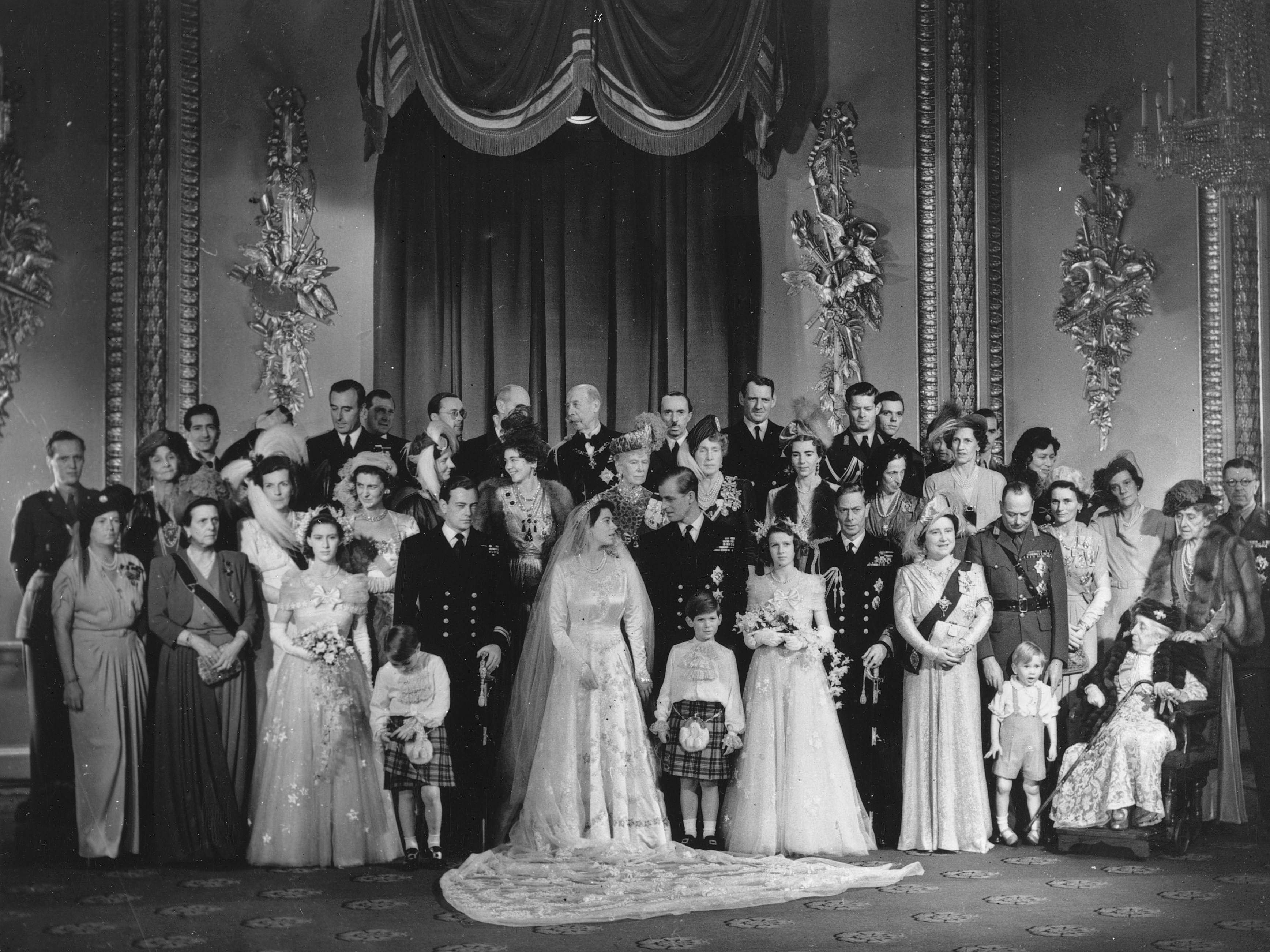 エリザベス2世女王とフィリップ王子とその家族