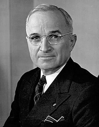 how the 1947 truman doctrine contained communism