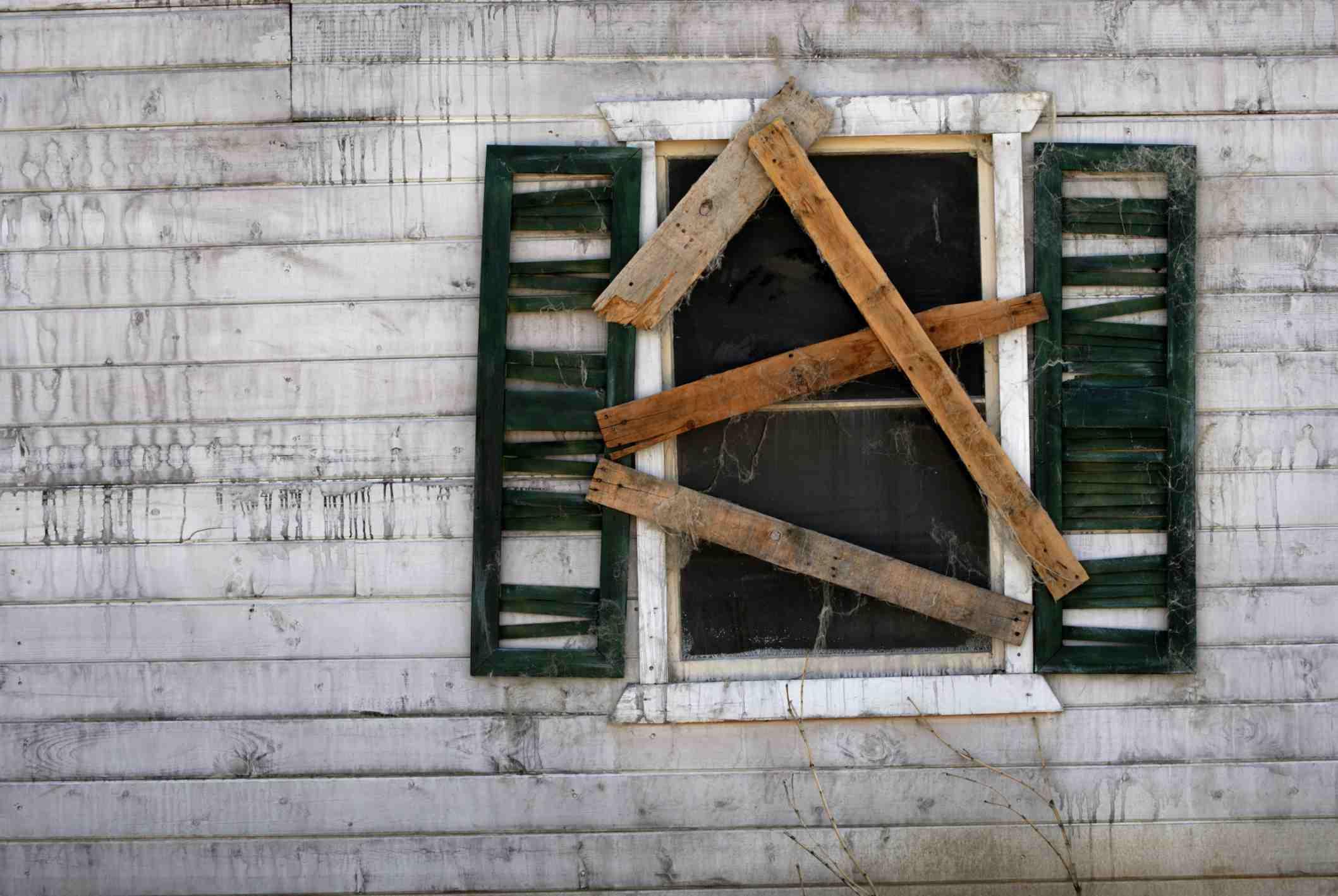 boarded_window.jpg