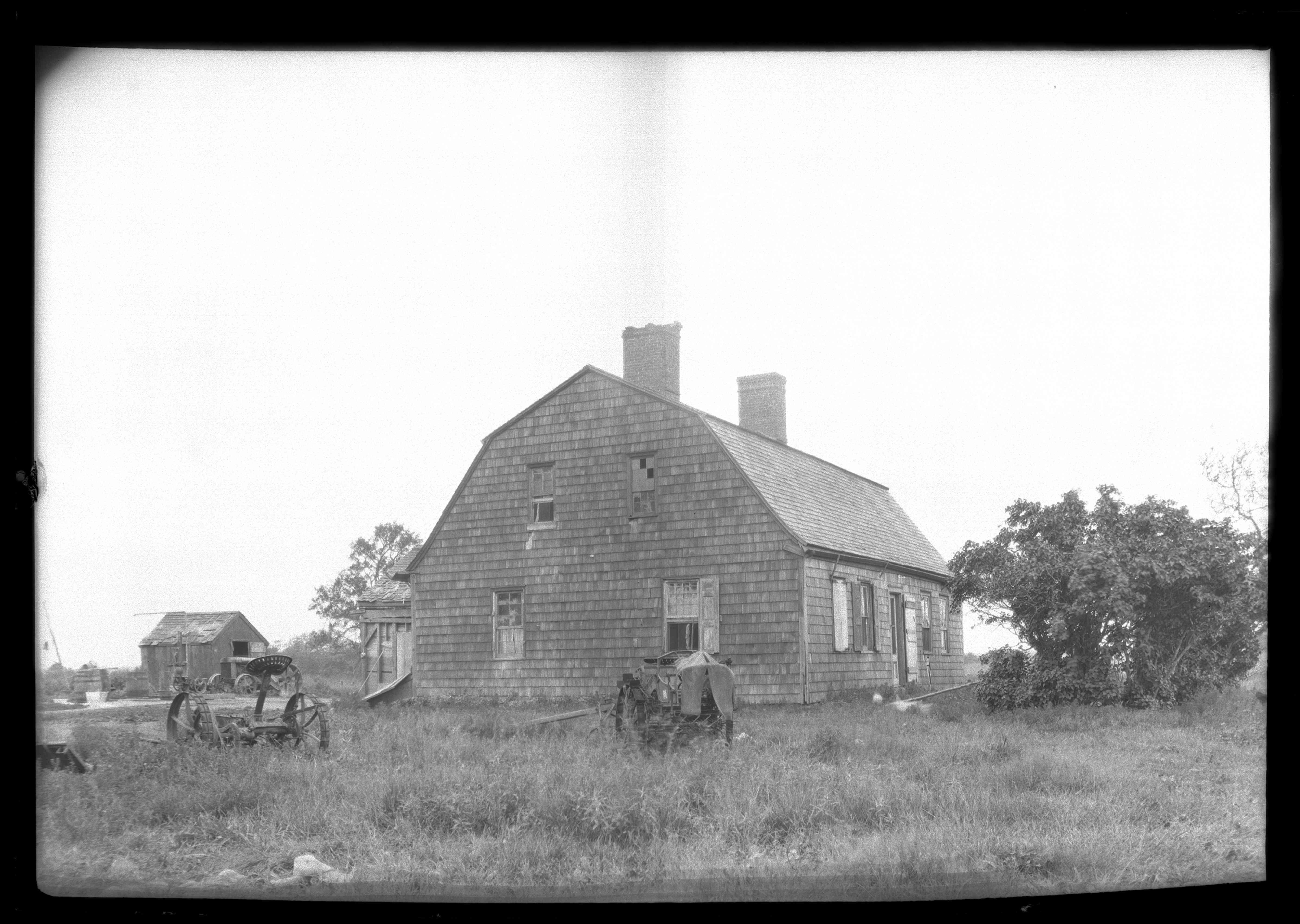 Unidentified Dutch Colonial Farmhouse
