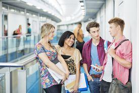 Grupo de estudiantes universitarios. Diversas visas permiten estudiar en Estados Unidos