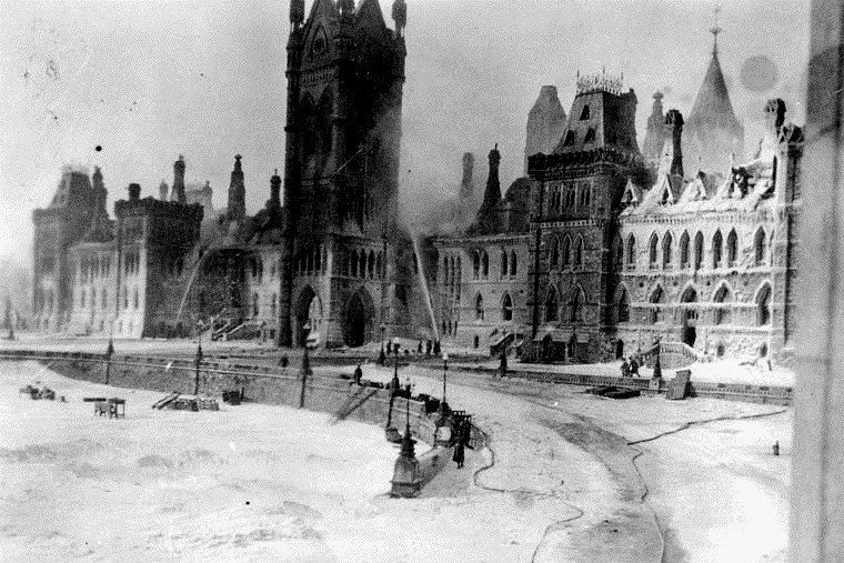 Parliament Buildings Fire in 1916
