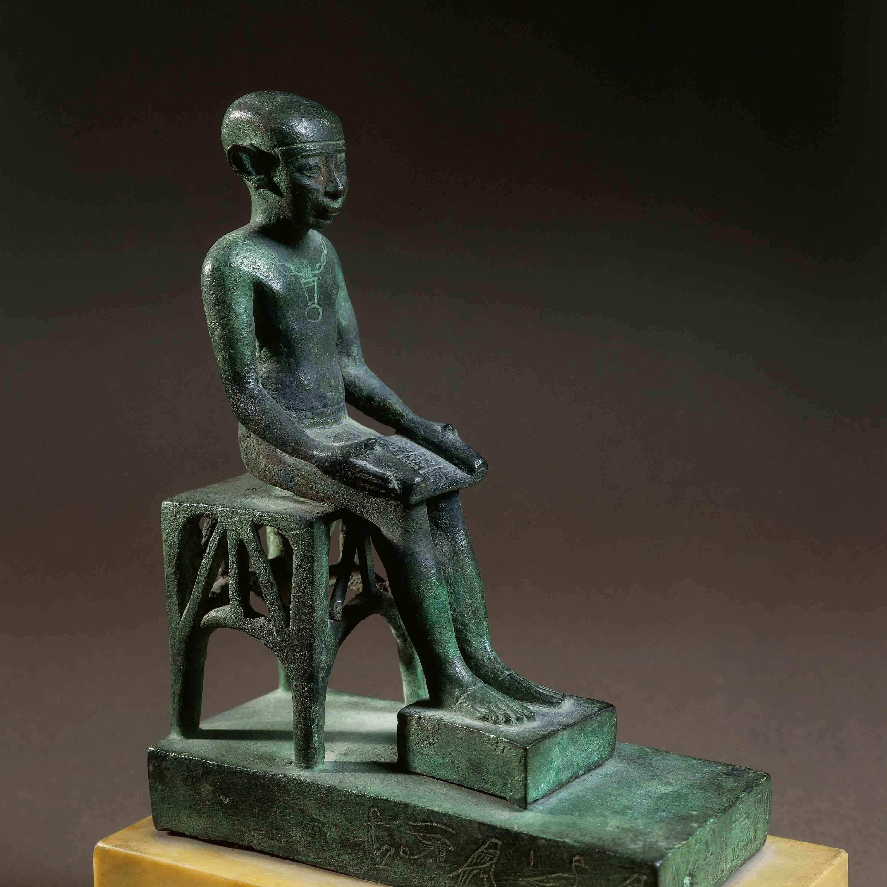 Bronze ex-voto depicting Imhotep, architect of pyramids of Giza. Louvre Museum, Paris, 8th century BCE.