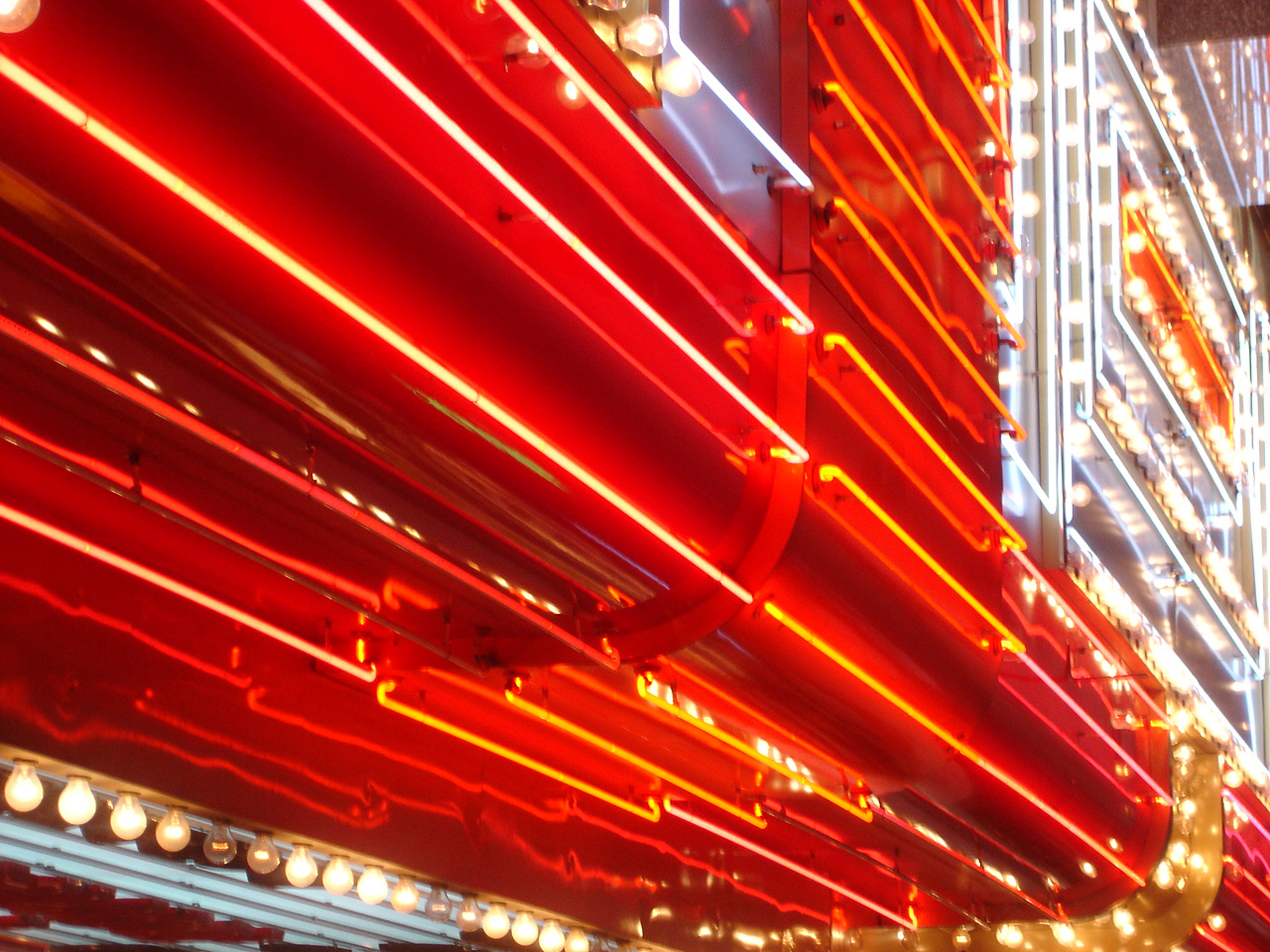 Neon lights contain the noble gas neon.