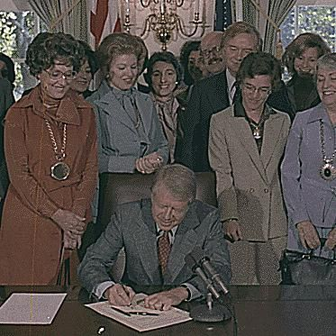 Jimmy Carter signs the U.S. House resolution supporting the Equal Rights Amendment.