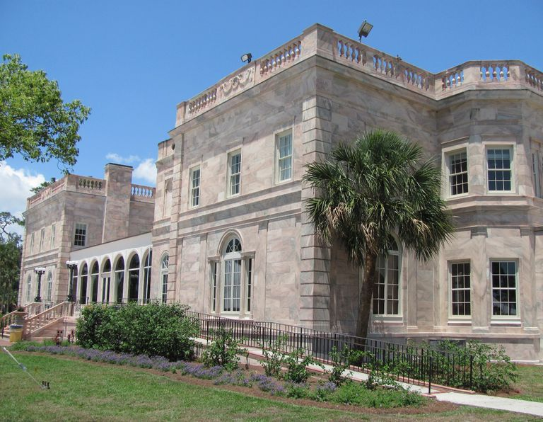 College Hall at New College of Florida