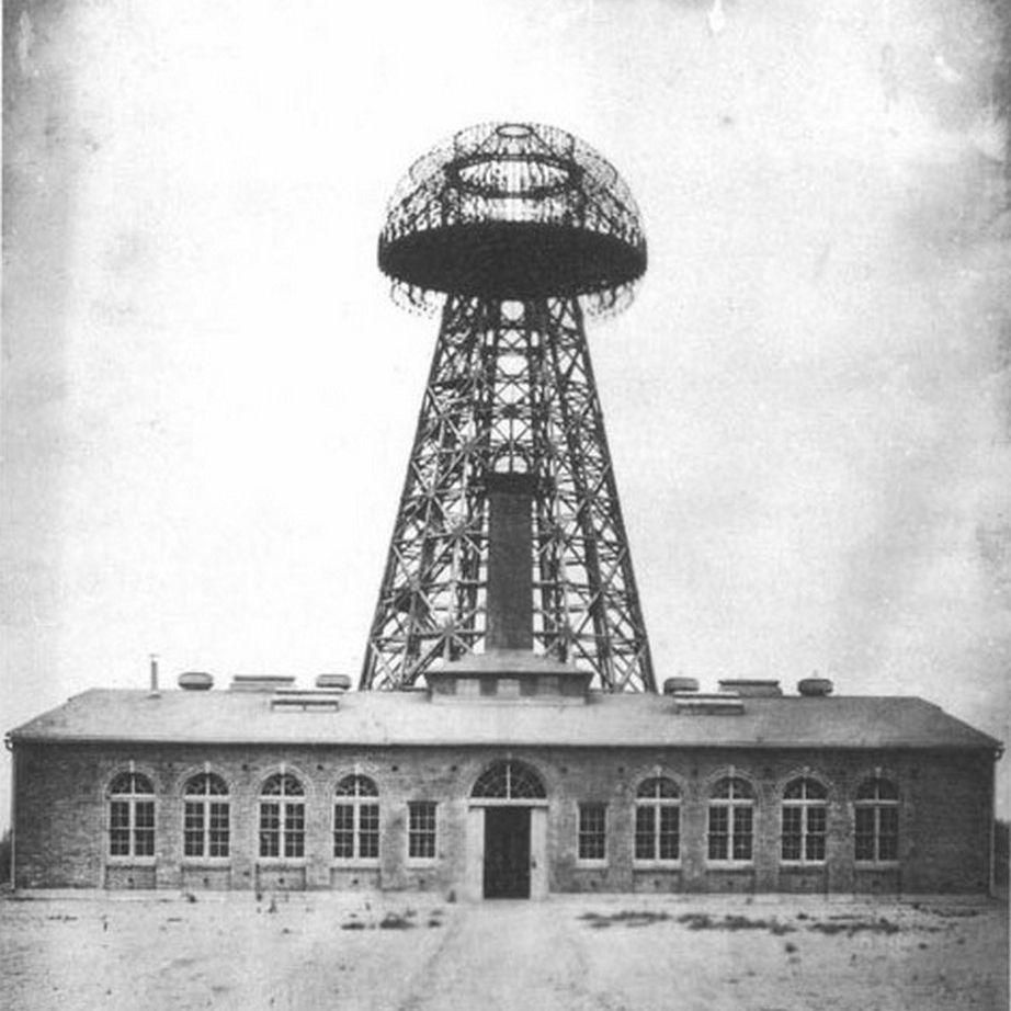 Nikola Tesla's Wardenclyffe laboratory wireless electricity transmitting tower