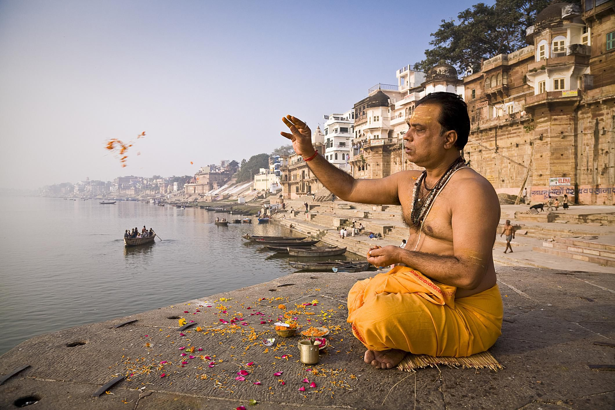 A Brahmin with his rituals in Kashi.