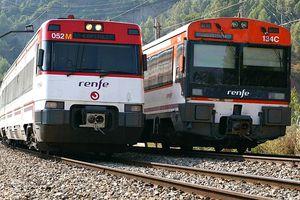 "Renfe trains for Spanish lesson on ""en."""