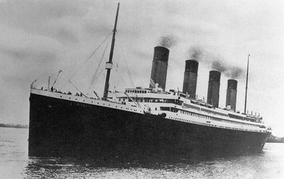 how many football fields was the titanic