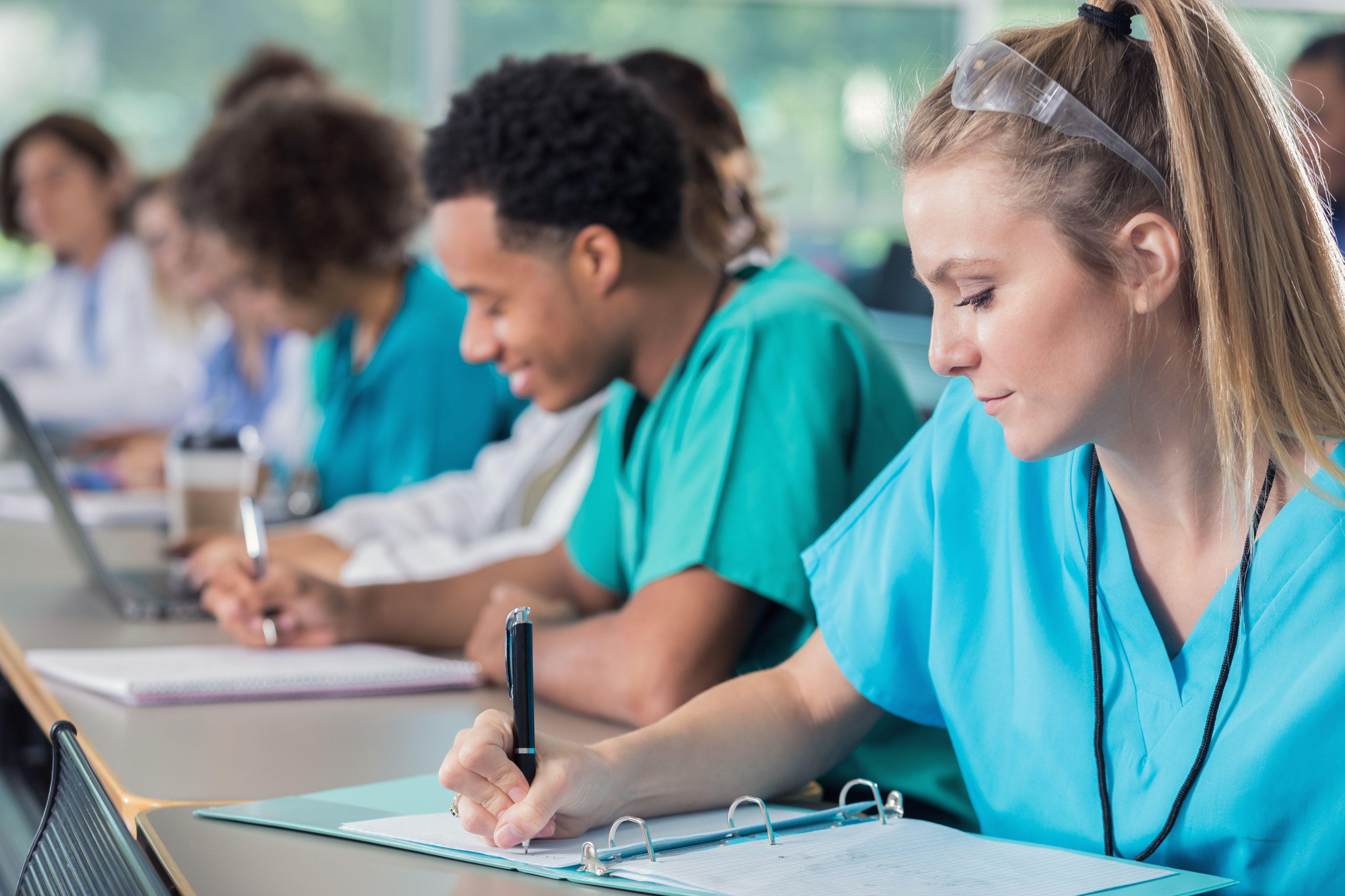 Преимущества непрерывного медицинского образования