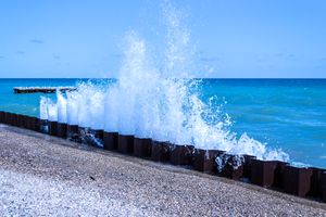 A splash at Lake Michigan forms a bell curve