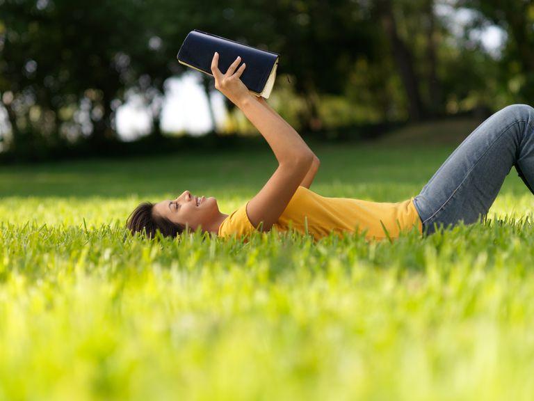 Encouraging Bible Verses for Teens