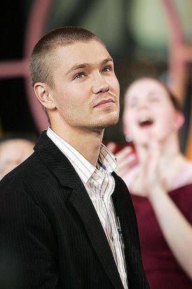 MTV TRL With Green Day And The Cast Of 'One Tree Hill'